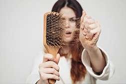 Black Sensation способствует пробуждению спящих луковиц, укрепляет корни волос.