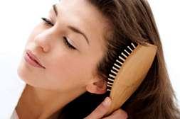 Не спутывает волосы средство Level Hair.